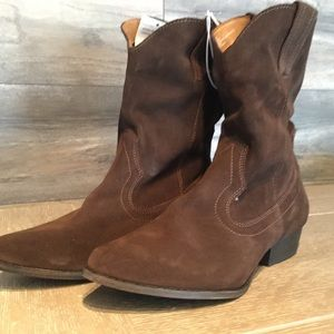 NEW Brown Suede Cowboy Boot